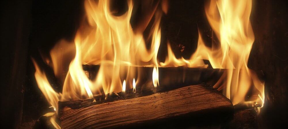 zdjęcie do artykułu aranżujemy kominek w salonie