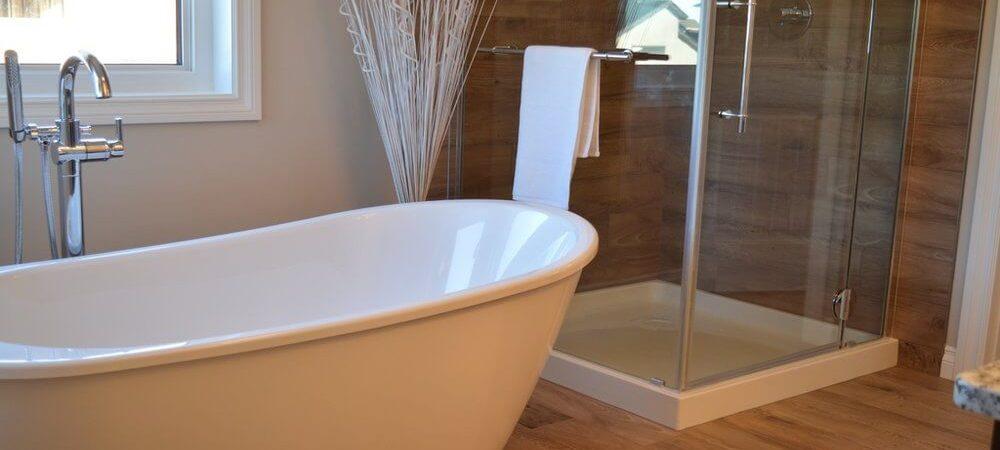 zdjęcie do artykułu jak urządzić małą łazienkę