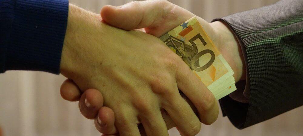 zdjęcie do artykułu na co zwracać uwagę przy wyborze oferty kredytowej