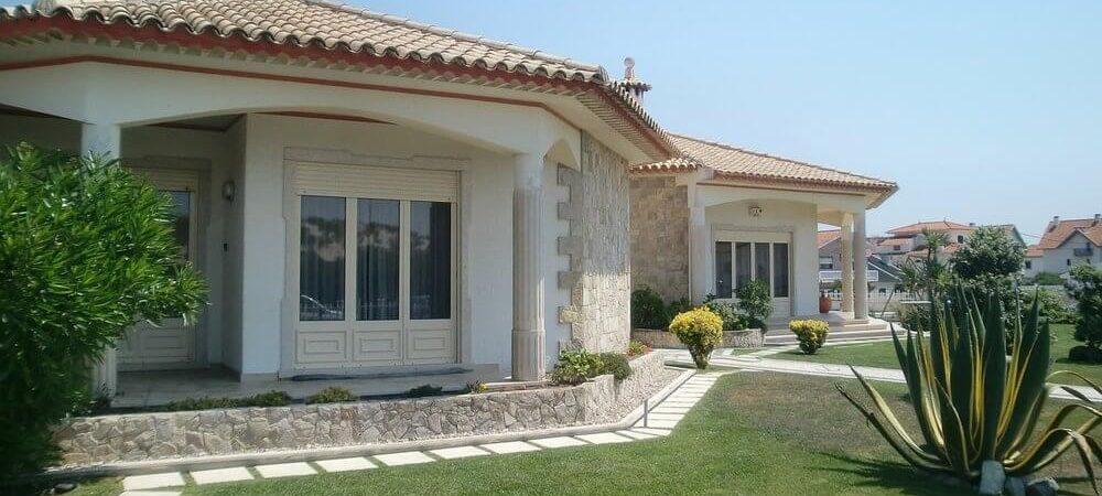 zdjęcie do artykułu mieszkanie czy dom co się bardziej opłaca