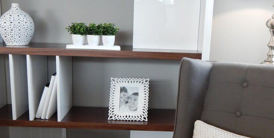 Mniej znaczy więcej – minimalizm w mieszkaniu