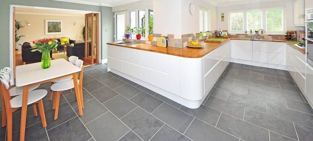 zdjęcie do artykułu płytki podłogowe do kuchni
