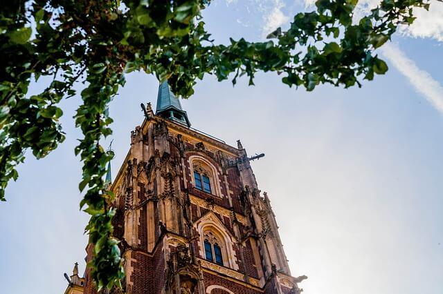 Lista 5 interesujących budynków we Wrocławiu