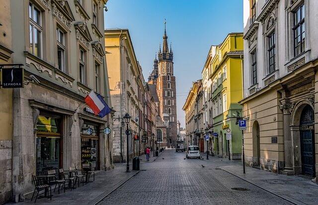 zdjęcie do artykułu gdzie zamieszkać w Krakowie