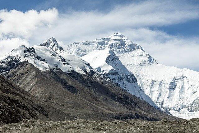 TOP 5 najwyższych szczytów górskich
