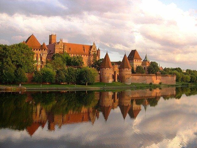 zdjęcie do artykułu zamki w Polsce