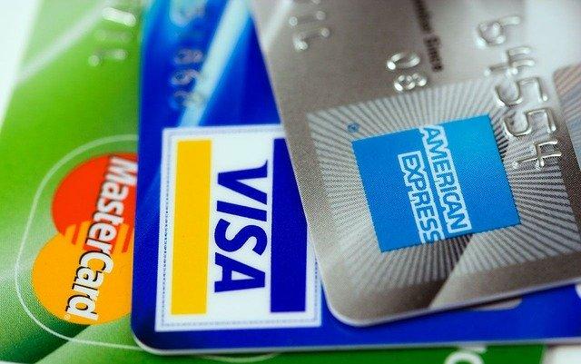 Nieoczekiwane cięcia oprocentowania lokat i kredytów